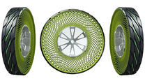 Click here to read Bridgestone's Puncture-Proof Tires Look Like They Were Made With a Spirograph