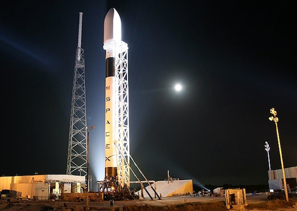 NASA deems Dragon worthy of the ISS, locks in April 30th launch date